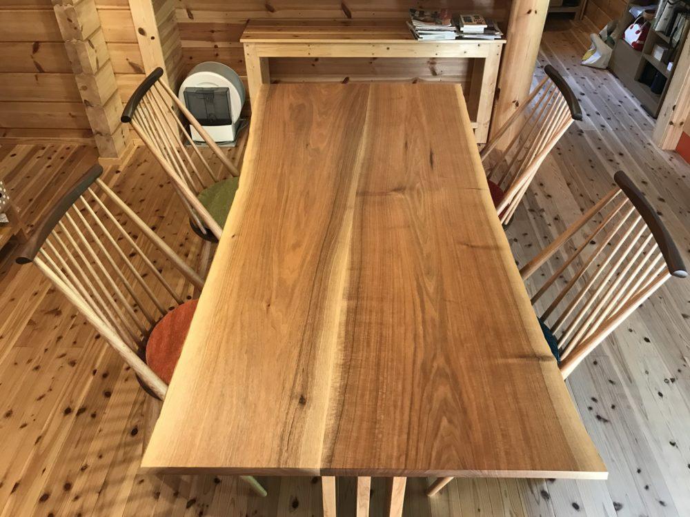 胡桃ハギテーブルとシビルチェア